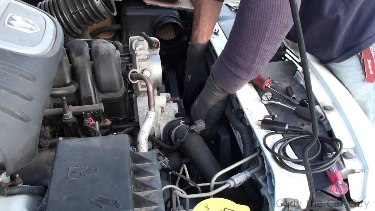 How To Check And Replace Radiator Fans On The Dodge Magnum