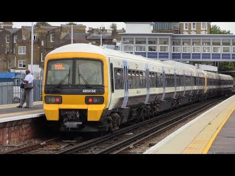 (HD) Rush Hour at New Cross 17/07/2015