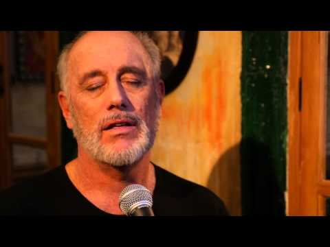 Bob Telson sings Calling You (from Bagdad Cafe)