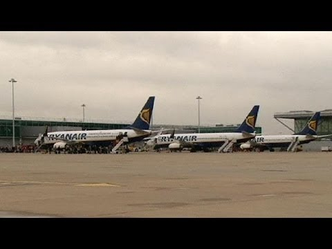 Another profit warning from Ryanair - economy