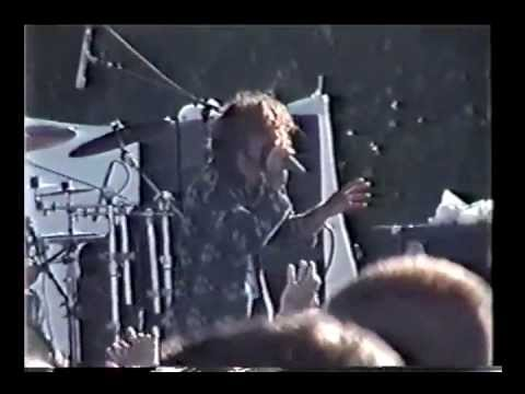 System of a Down - Fuck the System Speech & War? (live in Worcester 1999) (Color Version)