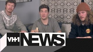 Repeat youtube video Workaholics Cast Discusses Poop Jokes Over Jenga | VH1