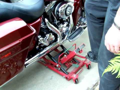 Harbor freight high position motorcycle lift demonstration for How to jack up a motorcycle with a floor jack