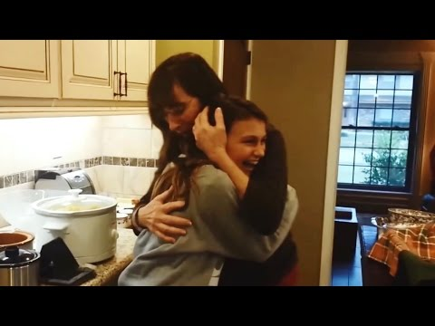 Thanksgiving Surprise Homecoming Compilation [NEW]