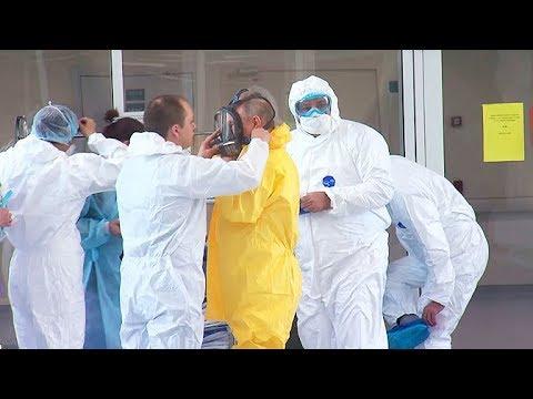 Путин посетил больницу в Коммунарке