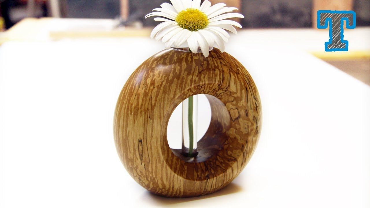 Woodturning | Donut Vase from a Log