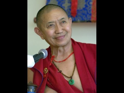 H.E. Garchen Rinpoche - Vajrasattva deity commentary and empowerement - Day 3