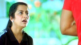 Download lagu Varudu Scene - Sandy Parents Are Proposing For Marriage - Allu Arjun, Ashish Vidyarthi,