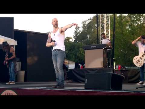 Daughtry Waiting For Superman Live