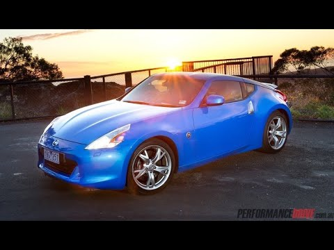 2011 Nissan 370Z Coupe test drive