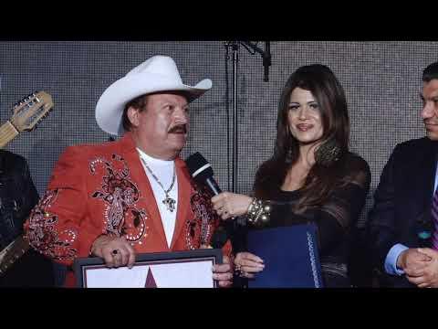 El Nuevo Show de Johnny y Nora Canales ( Episode 2.1) -  Star Los Cadetes de Linares, Lupe Tijerina