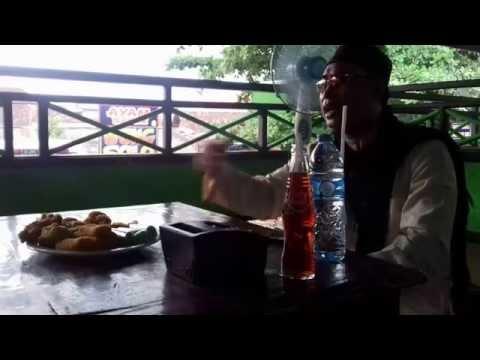 Subhanallah... suaranya teringat Almarhum Ustadz Jefri Al Buchori ( UJE )