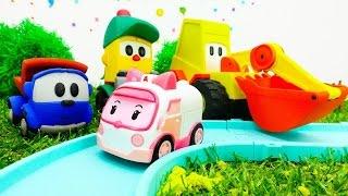 Leo, Max und Amber bauen eine Straße. Video mit Spielzeugautos