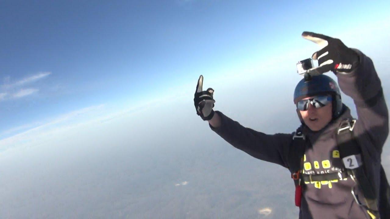 День Космонавтики 2016, прыжок с высоты 5555 метров из ...