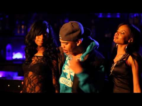 Damiou Williams - She Movin' It ft. Bradd Young (Official Video)