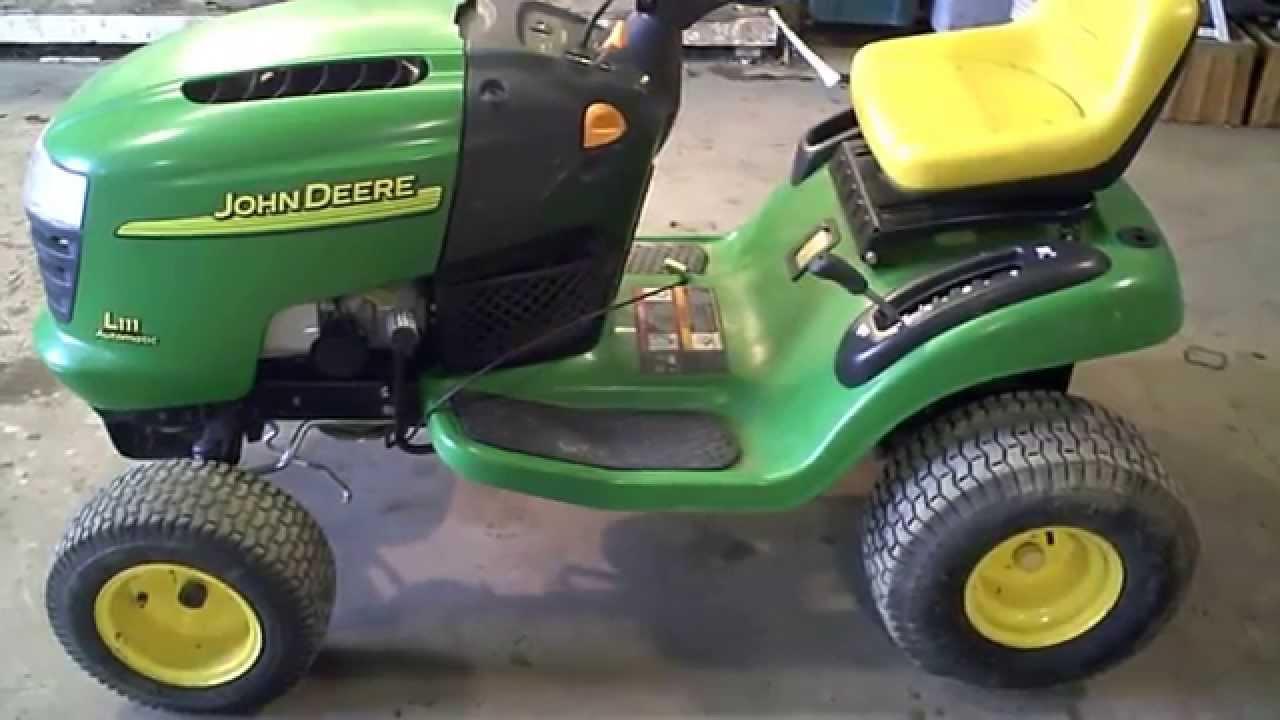 Lot 2039a John Deere L111 Lawn Tractor Mower