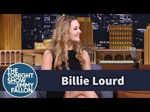 Billie Lourd Felt Awkward Being Princess Leia's Daughter