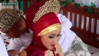 Video Tutorial Hijab Kebaya Pengantin Muslim Cantik Dan Modern download MP3, 3GP, MP4, WEBM, AVI, FLV Agustus 2017