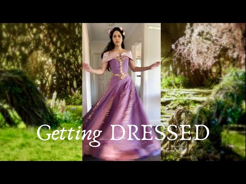 Getting Dressed as Princess Aurora || Midnight Masquerade Inspired