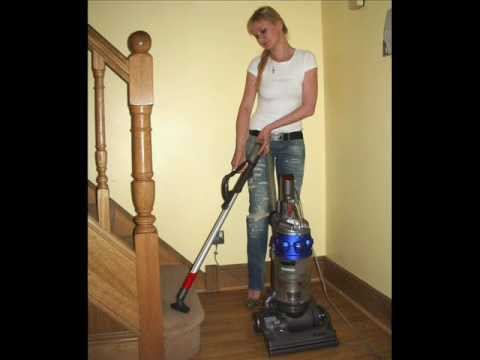 how to put hose on a upright dyson vaccum