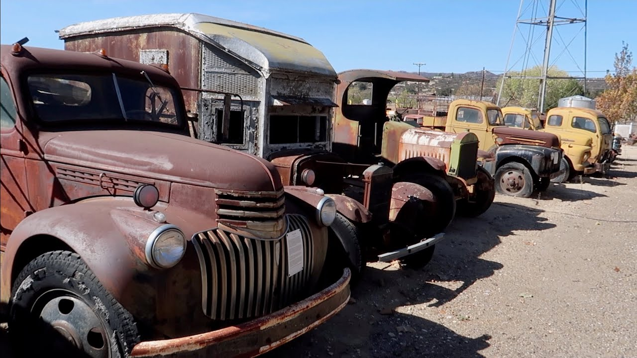 Encontre Camiones Abandonados Mas Antiguos Y Caros Del Mundo Forgotten Cars Youtube