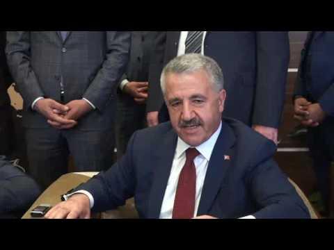 Bakan Ahmet Arslan: Zor bir bölgede yaşıyoruz