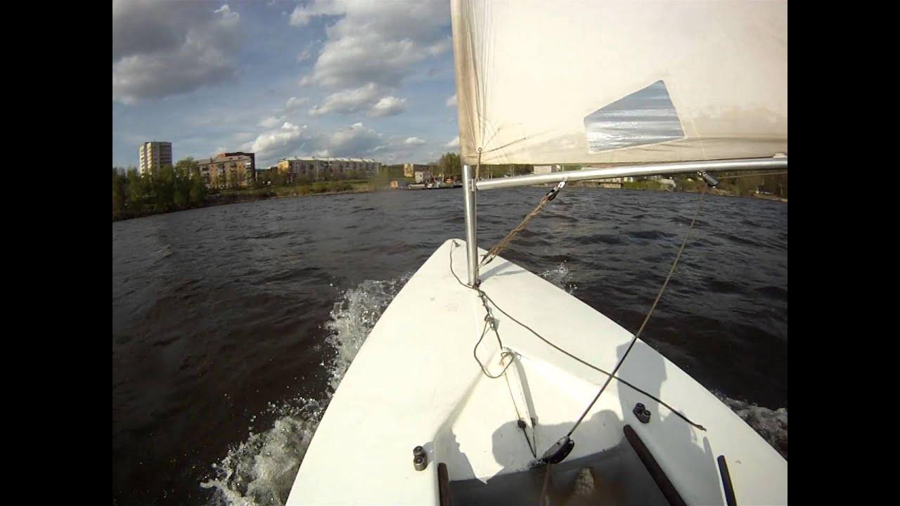 Яхта Луч (Laser). Сильный ветер. Extreme sailing - YouTube