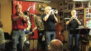 "Red Onion Jazzband plays ""Keyhole Blues"""