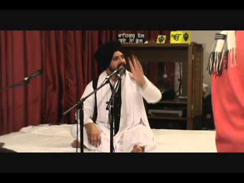 Bhai Sarbjit Singh Ji Dhunda at hayward gurdwara sahib on 1/16/2013 .wmv