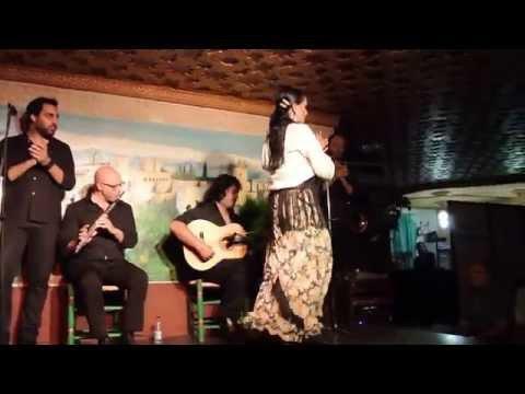 グラナダ・フラメンコ Flamenco @Albayzín Granada Andalucía España