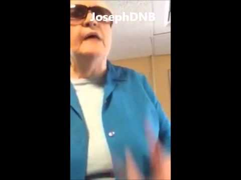Racist lady insults a woman for speaking Spanish in America !