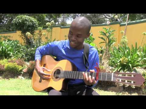 Munya Mataruse performing Hwenge Rombe accoustic
