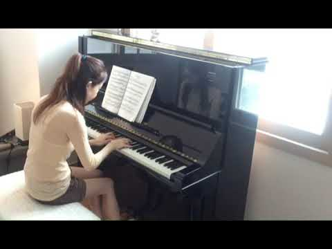 Christy Cho of Let's Piano plays Debussy's Claire de Lune mp3