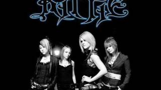 Kittie-In Winter