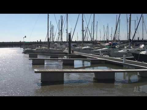 Assoreamento de uma parte da Marina do Parque das Nações em Lisboa