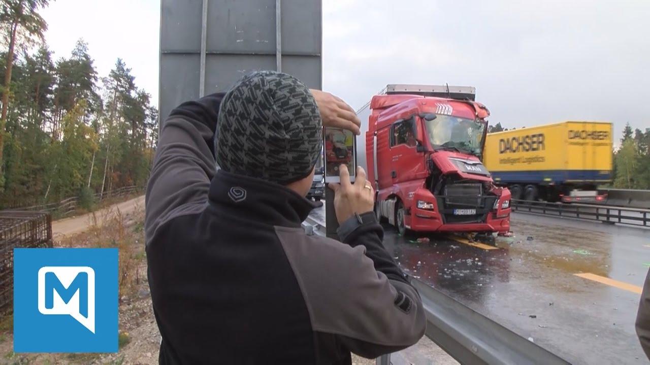 Schwerer Unfall auf der A6 bei Nürnberg - Unzählige Gaffer behindern ...