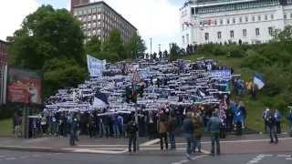 FC St. Pauli - VfL Bochum 17.5.2015 Marsch zum Stadion + Gästeblock