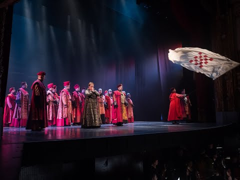 The cast at Croatian National Theatre in Zagreb sings 'U boj, u boj!' from NIKOLA ŠUBIĆ ZRINJSKI