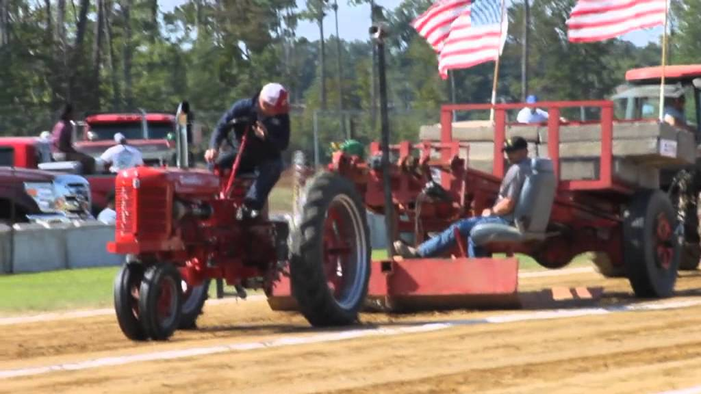 2013 Isle Wight County Fair-Tractor Pull - YouTube