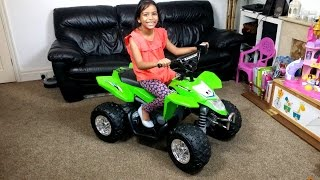 MASSIVE KAWASAKI QUAD BIKE Kids Ride On SURPRISE UNBOXING & Assembly Playtime ATV