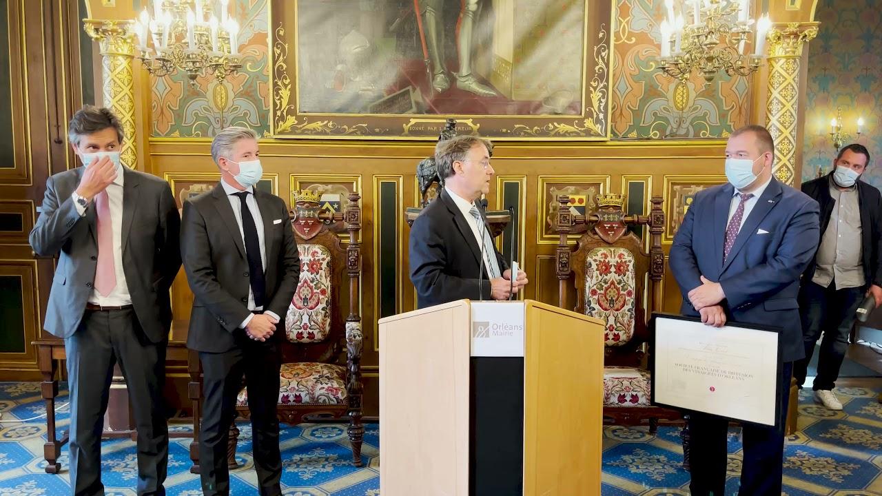 """Orléans - Remise du Label """"Entreprise du patrimoine vivant"""" à l'entreprise Martin Pouret"""