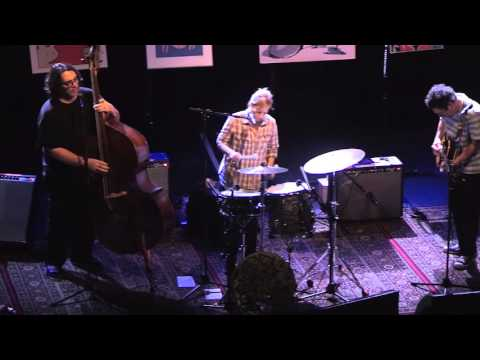 Yo La Tengo - Pass the Hatchet, I Think I'm Goodkind (Live in London)