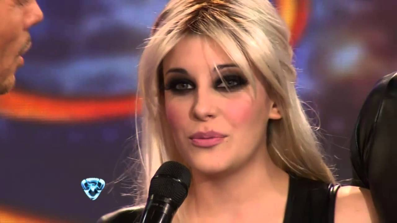 Showmatch 2012 - El cuarteto de Charlotte Caniggia - YouTube