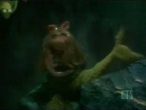 Muppet Show. Kermit and Robin - Octopus' Garden (s3e12)