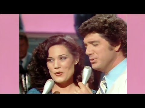 "Ralna English & Guy Hovis - ""When You and I Were Young, Maggie"""