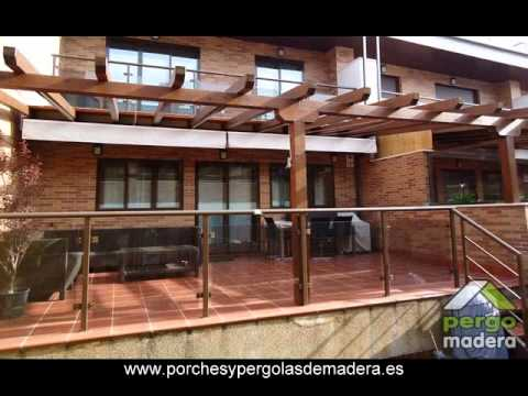 Pergolas de madera con toldo pergomadera youtube for Toldos para pergolas