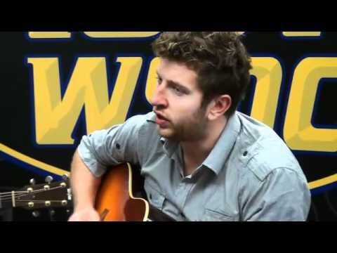 Brett Eldredge performs