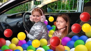 Ball pool in car | Wheels on the bus Song