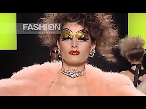ISABELI FONTANA Agency Woman Milan - Fashion Channel