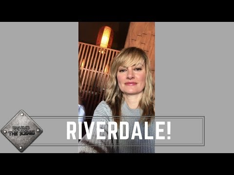 Riverdale Season 2 Mädchen Amick Alice Cooper Q & A  Spoilers